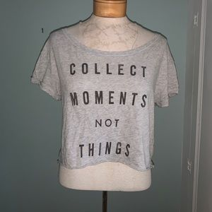 Abercrombie & Fitch cropped tee size S